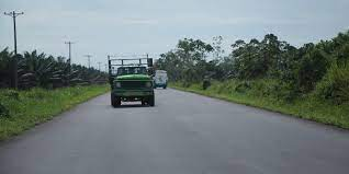 Colombia awards contracts under US$2.5bn roads program
