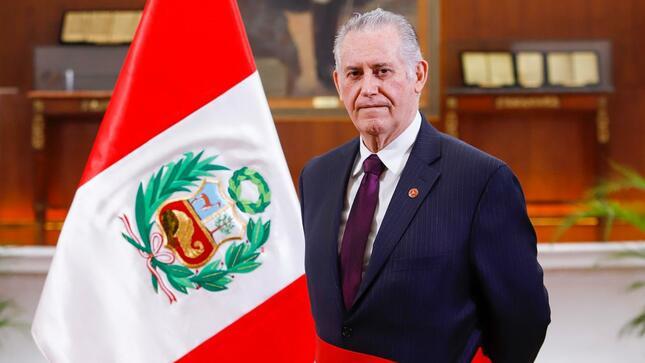 Carlos Herrera Descalzi jura como nuevo ministro de Energía y Minas del Perú