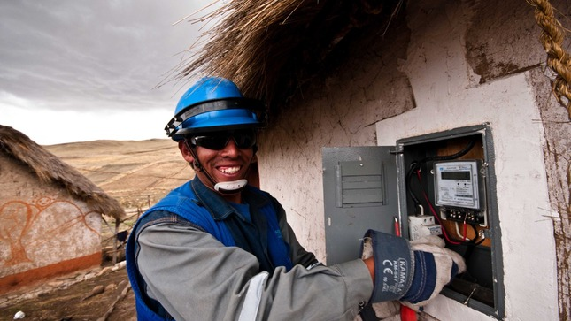 Peru: 27 rural electrification projects are tendered during the month of September