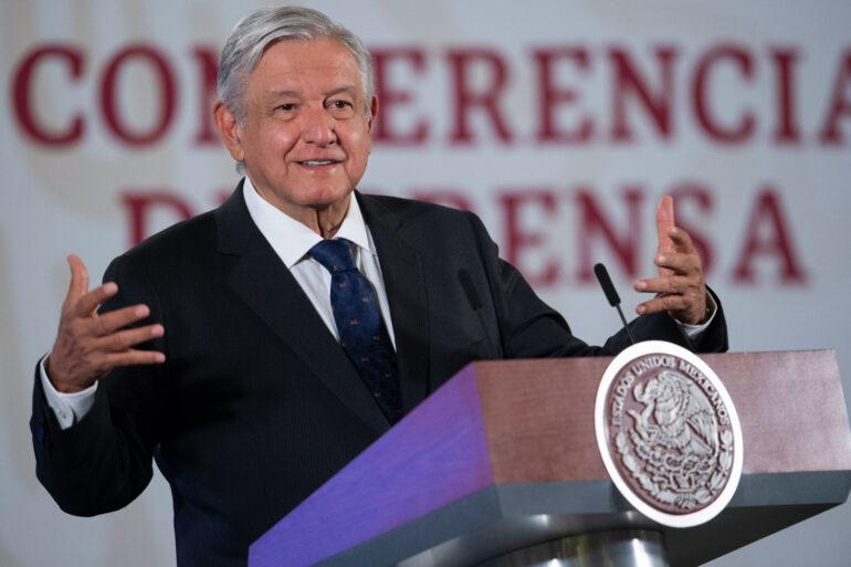 Gobierno de México busca resolver disputa sindical minera