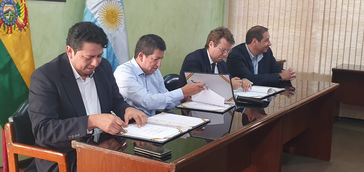YPF Argentina signs strategic agreements with Bolivia