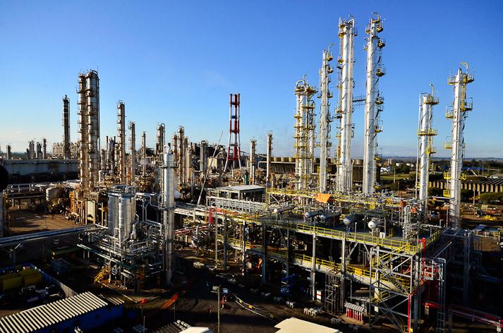 KPMG: Industrias de hidrocarburos, minería y construcción deberán reinventarse
