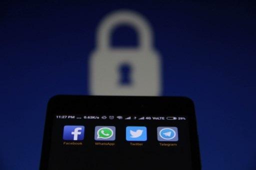 Cunde preocupación en Brasil por seguridad en aplicaciones de mensajería