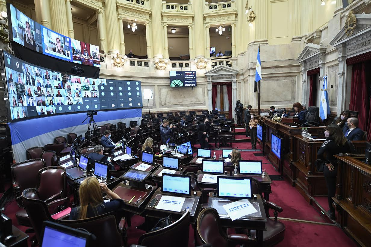 Panorama legislativo de Argentina: reforma tributaria, calendario electoral