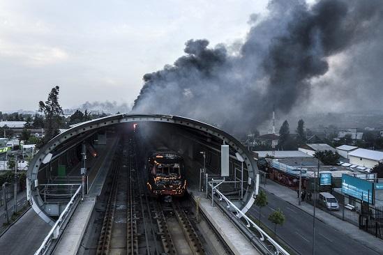 Daños a metro de Santiago costarán US$350mn