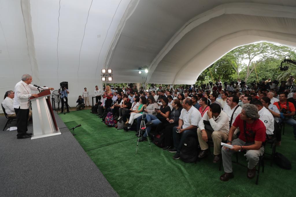 AMLO declara estabilizada la producción de Pemex