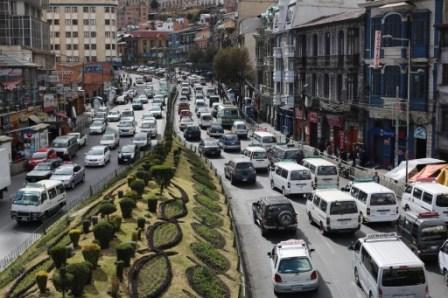 Bolivia incrementará inversión vial