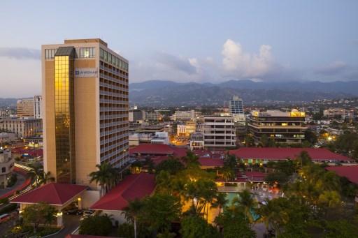 Jamaica toma medidas para enfrentar crisis hídrica