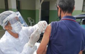 Brazil mulls mandatory COVID-19 vaccine insurance
