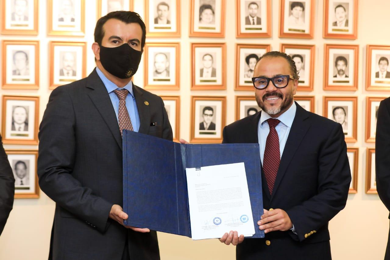 Asamblea Legislativa salvadoreña recibe anteproyecto de Ley General de Recursos Hídricos