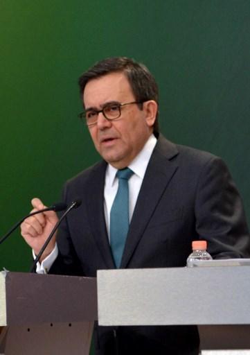 México modera postura por aranceles al acero