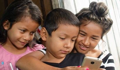 Digital divide roundup: Ecuador, Colombia