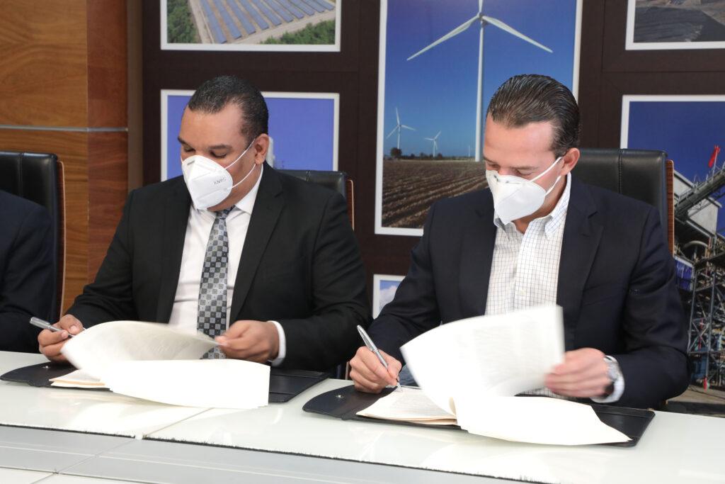 CNE and company EGEHAINA sign definitive concession for construction of Solar Girasol park