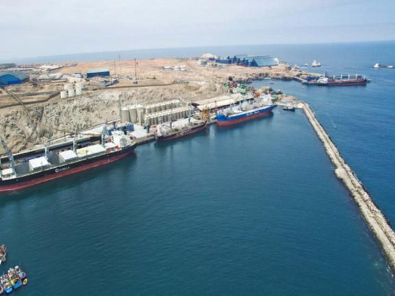 Tisur busca ampliar almacenamiento de minerales en puerto peruano de Matanari