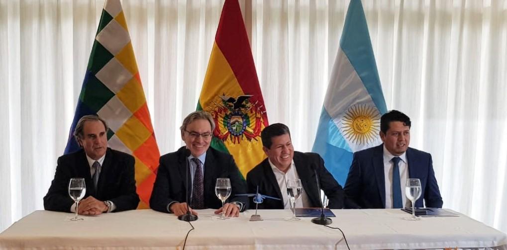 Argentina ahorrará 460 millones de dólares por la renegociación del acuerdo de gas con Bolivia
