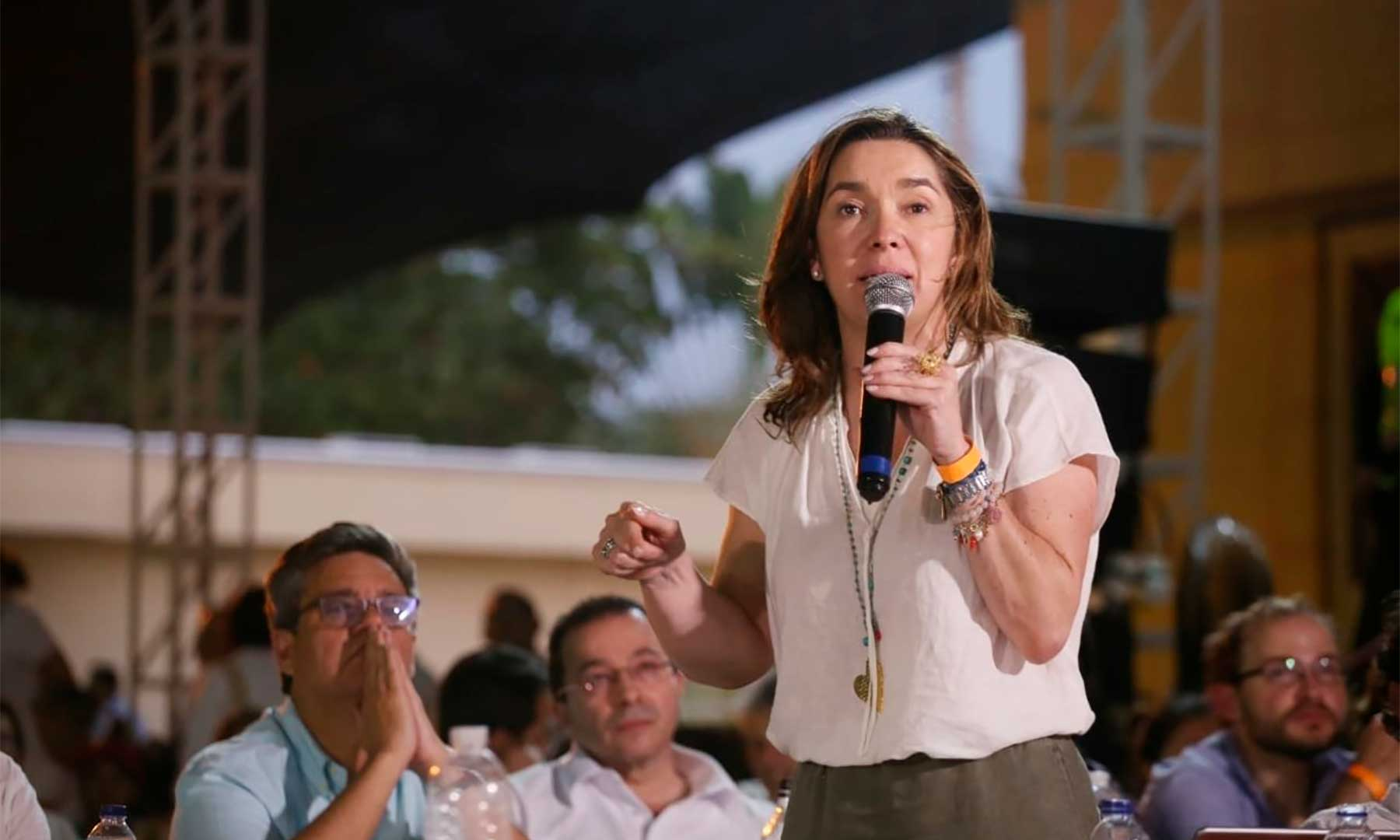 Colombia presents recommendations for 'energy transformation' plan