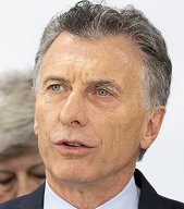 Tailwinds help propel Macri out of electoral starting gates