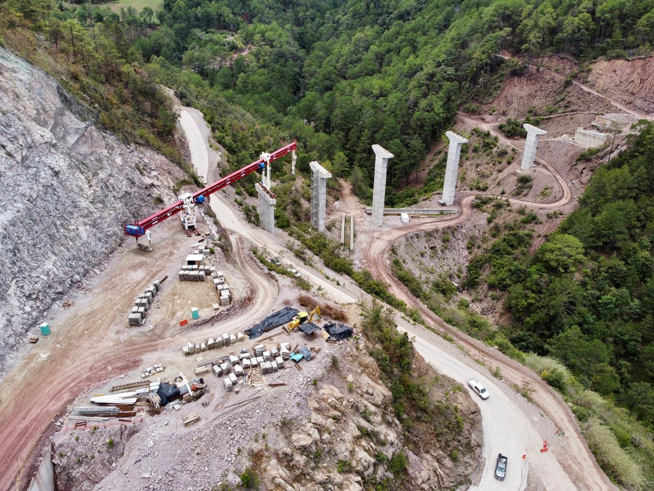 México presenta avances en proyectos viales del sureste