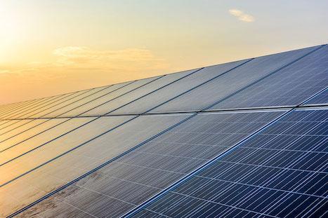 AES anuncia planes de energía renovable por US$1.000mn en Colombia