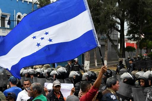 Nasralla se niega a aceptar polémico resultado electoral en Honduras