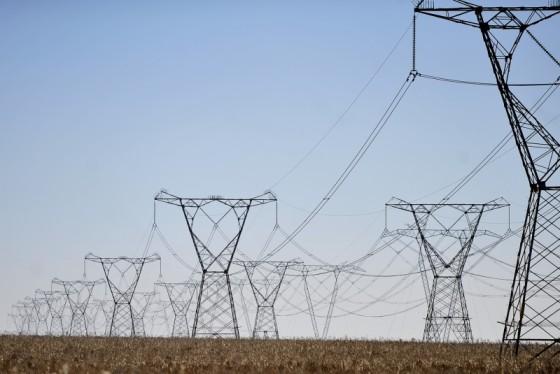 Piden a Copel reducir suministro de energía ante pandemia