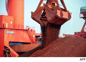 Ningbo Zhoushan Port Group inks deal on ore grinding service with Brazilian Vale