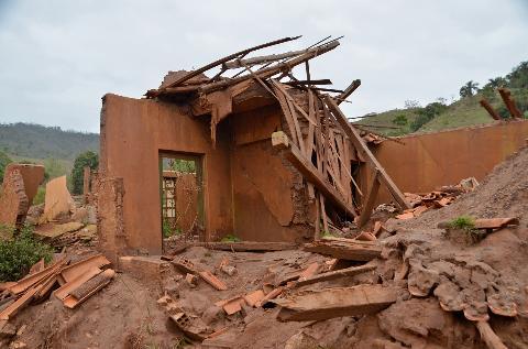 Brazil prosecutors take aim at foundation linked to dam collapse