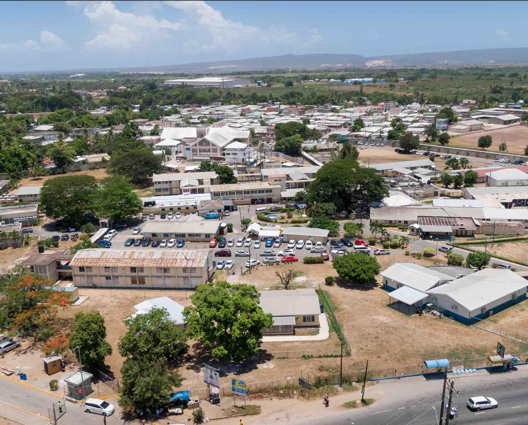 Jamaica prepara tres grandes proyectos de infraestructura