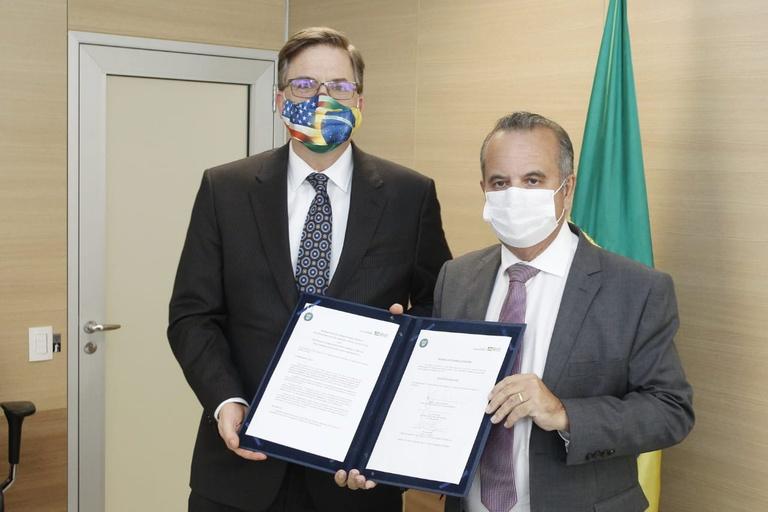Brazil, US sign infrastructure modeling MOU