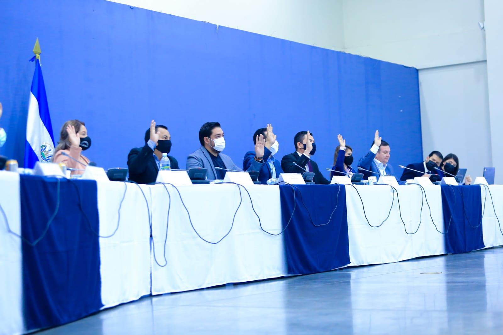 Diputados salvadoreños que estudian proyecto de Ley de Recursos Hídricos aprueban artículos para crear un Tribunal Sancionador