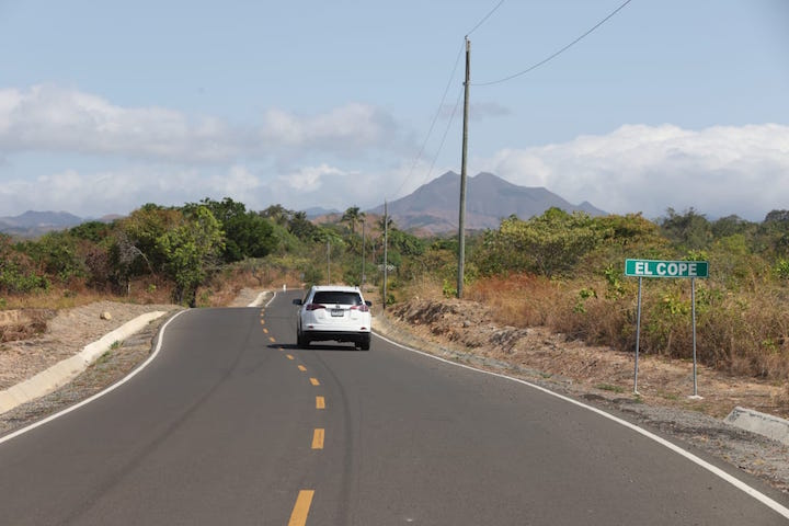 Presidente Varela inaugura carretera en provincia de Panamá