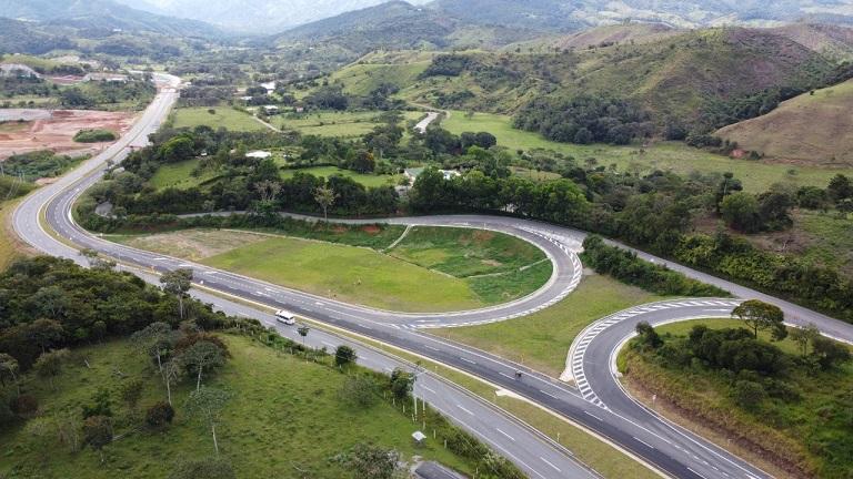 Colombia consolidó reactivación de autopistas 4G durante 2020