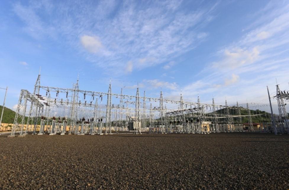 Gobierno ecuatoriano entregó nuevo sistema de transmisión que fortalece el servicio eléctrico en Manabí para los próximos 30 años
