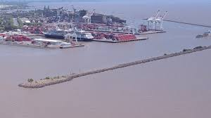 Argentina halts US$1.9bn port tender