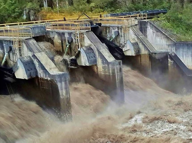 Chinese-led group lands Peru hydro project contract