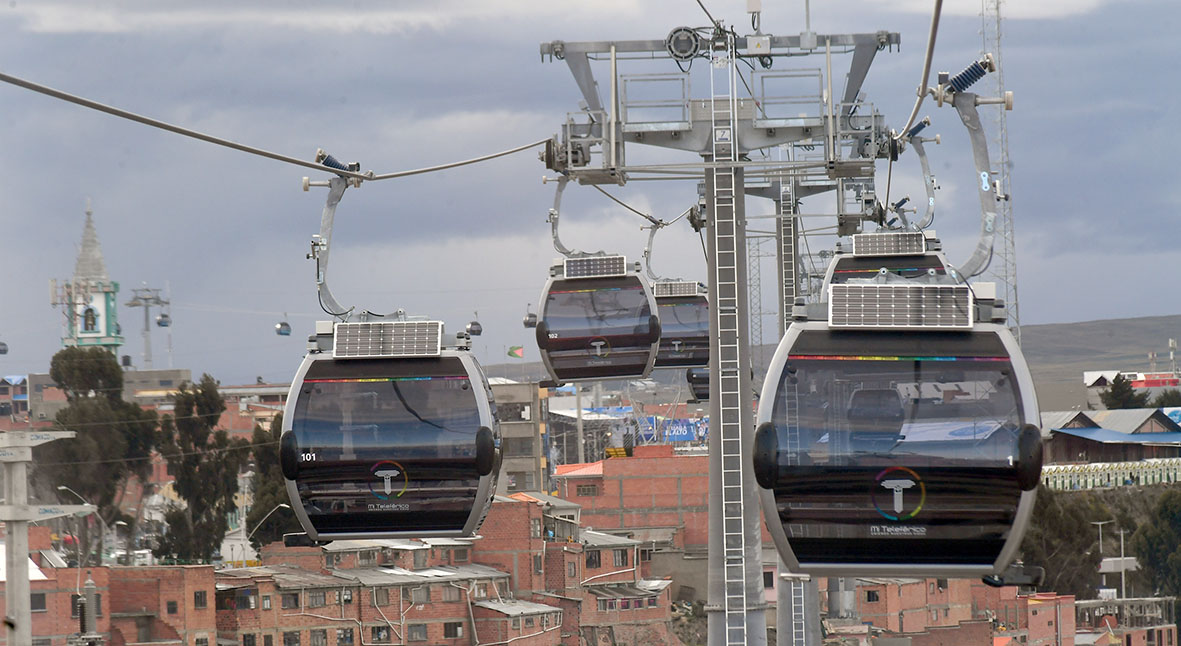 Bolivia accuses former administration of mismanaging cable car resources