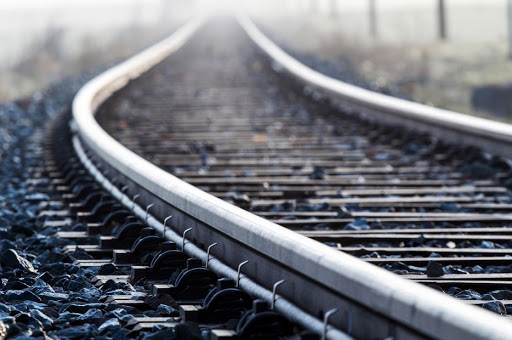 Brasileña Vale recurre a tren no tripulado para reanudar operaciones en mina