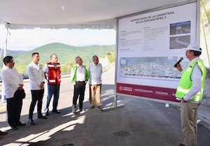 AMLO prioritizing Oaxaca road projects