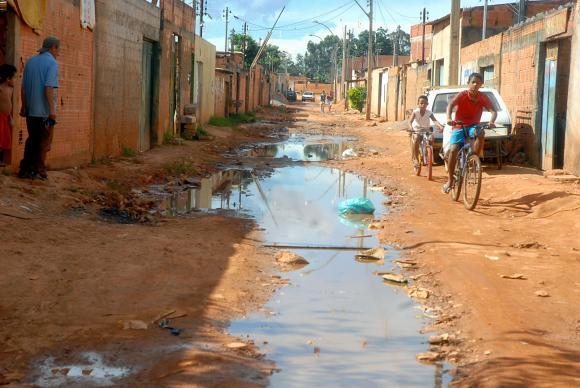 Preocupa baja reinversión de ciudades brasileñas en saneamiento