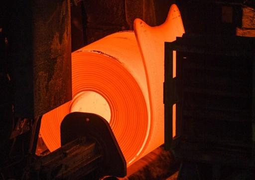 Precios de acero y mineral de hierro impulsarían márgenes de Ternium