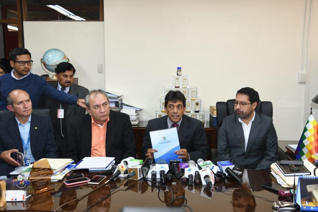 Zamora informa que Bolivia tiene 8.95 TCF para continuar con venta de gas al Brasil, Argentina y abastecer el mercado interno