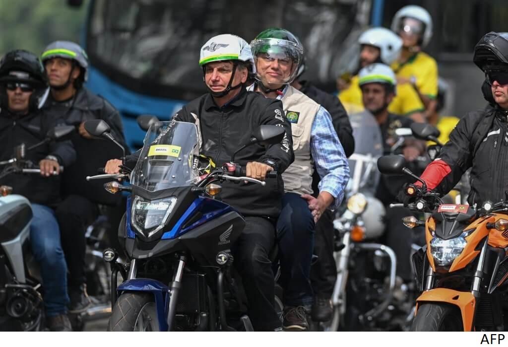 ¿Está Bolsonaro pisando el acelerador en el camino hacia el populismo?