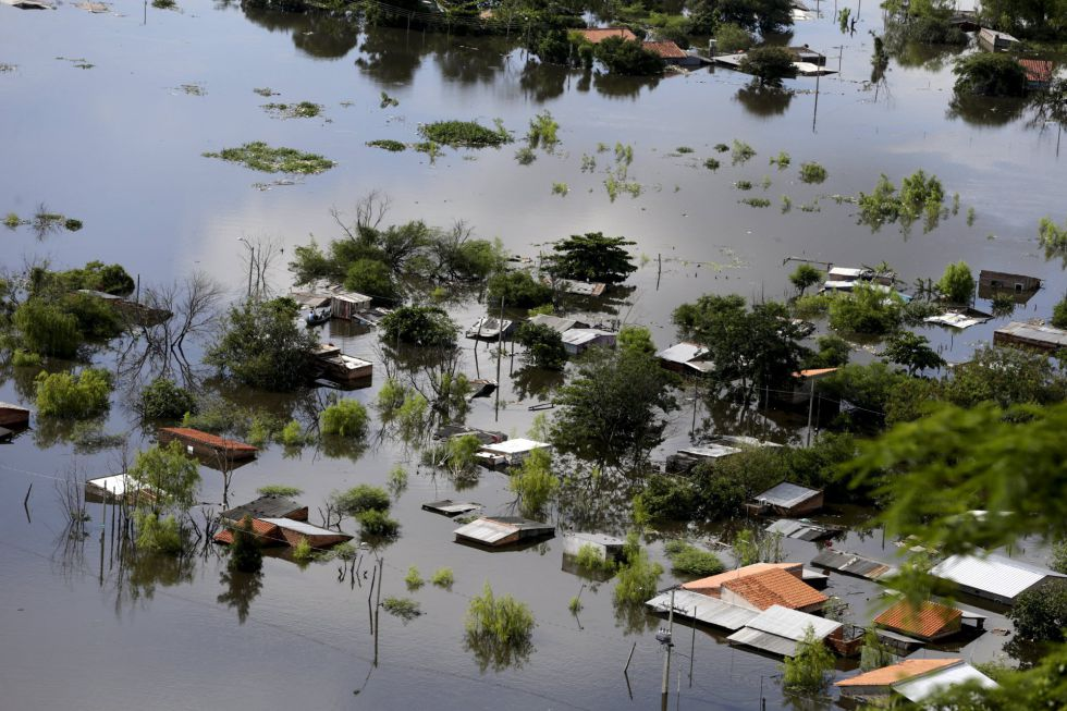 Argentine senate approves historic climate change bill