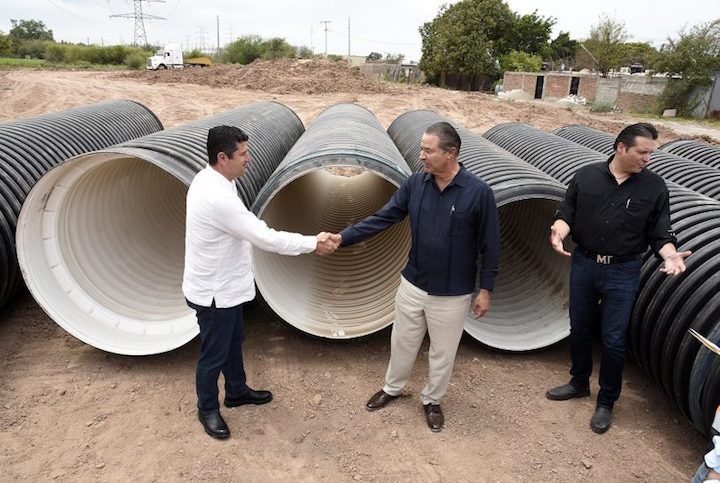 Sinaloa launches water collector works