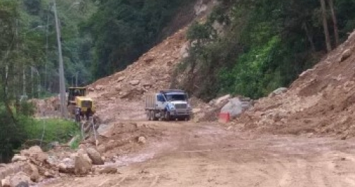 Flood crisis worsens at key Colombian highway