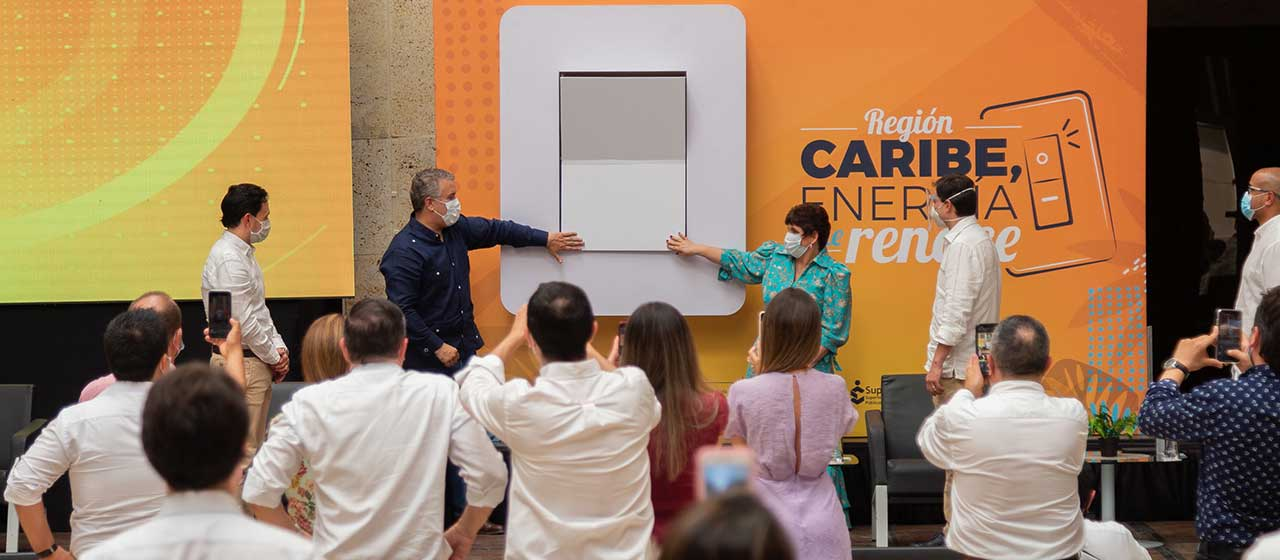 Colombia presents the two new energy service operators in the Caribbean region