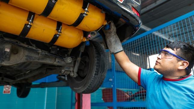 Perú reactiva conversión vehicular a gas natural en siete regiones del país