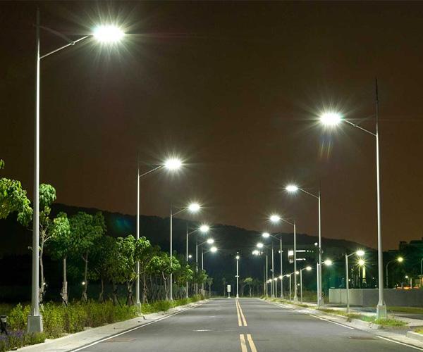 Dos ciudades brasileñas lanzarán concesiones de alumbrado público