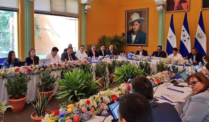 CentAm officials unveil details of Gulf of Fonseca master plan