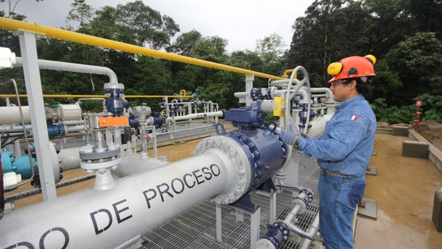 Panorama energético peruano: servicio para refinería, servidumbre de proyecto solar